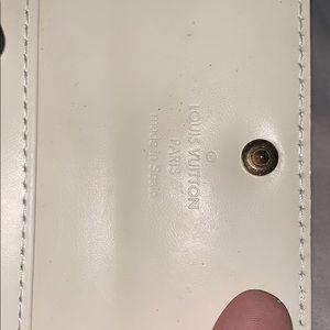 Louis Vuitton Bags - Authentic Louis Vuitton vernis key card case pouch